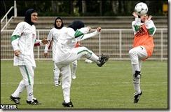 Iranian-Women-Football2