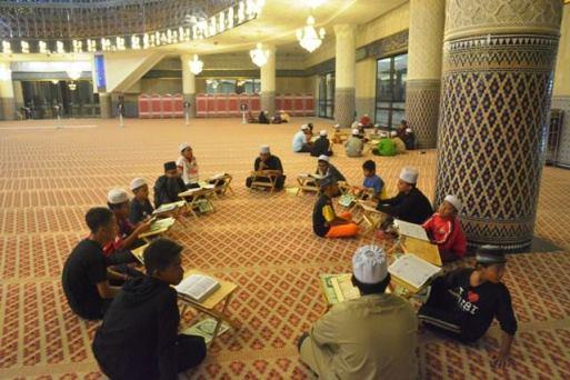 Datang masjid